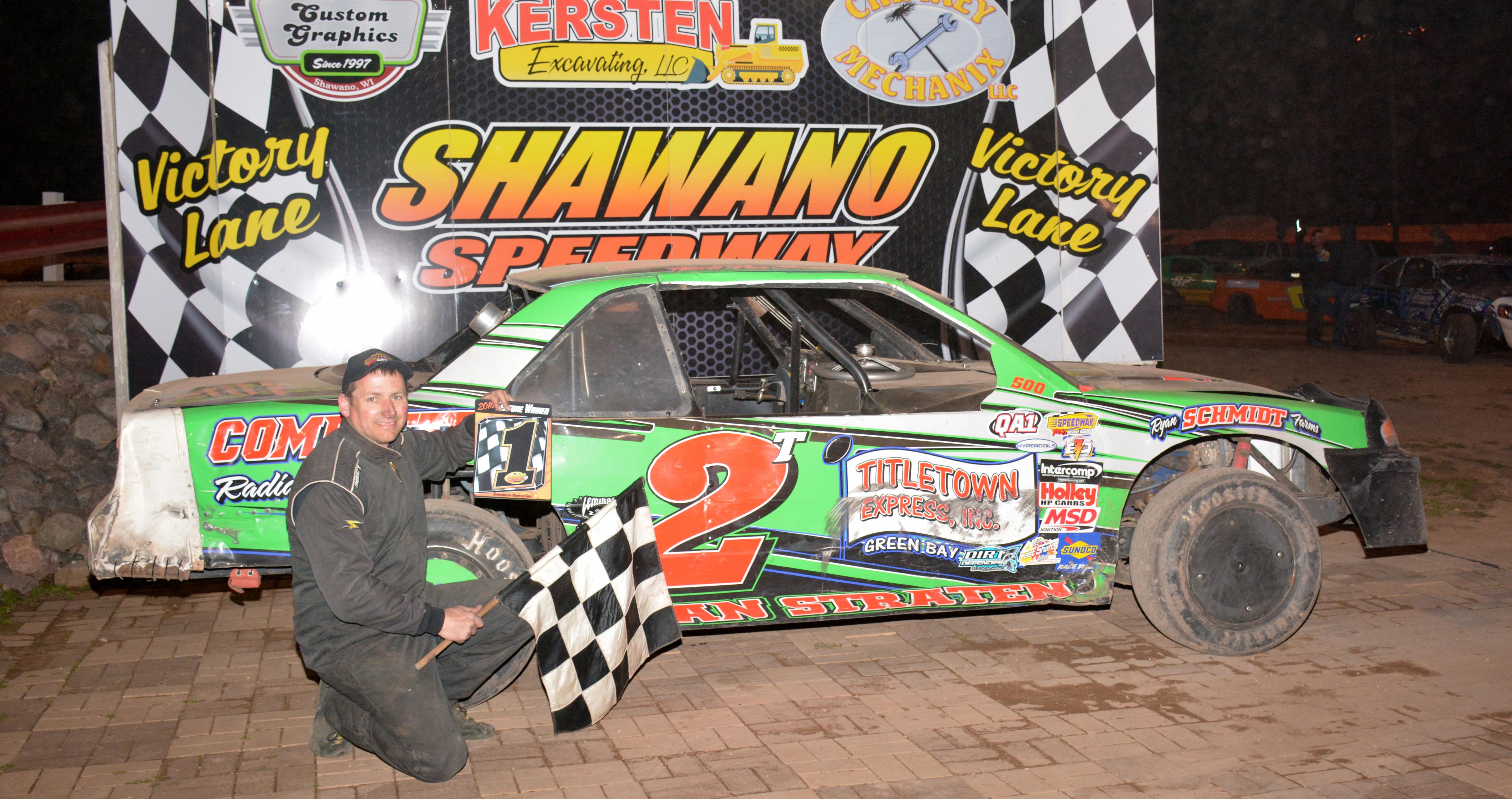 Travis Van Straten won the IMCA Stock Car feature at Shawano Speedway April 23.
